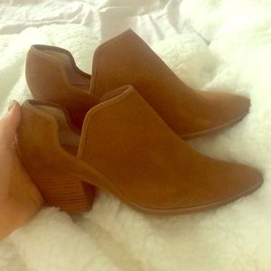 Seychelles Size 8 Camel brown shoes